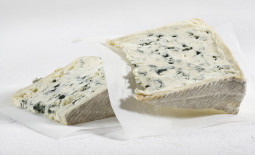 奥弗涅蓝纹奶酪(Bleu d'Auvergne)