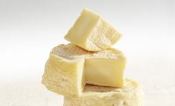 孔德里约的里戈特奶酪(Rigotte de Condrieu)