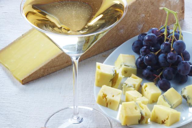Твердый сыр конте, миллезимное шампанское