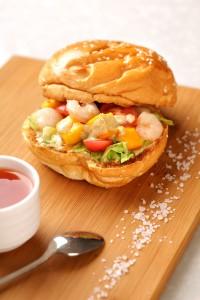 3. Hamburger au fromage et aux crevettes - 鲜虾汉堡 © F.WANG-CNIEL-FranceAgriMer