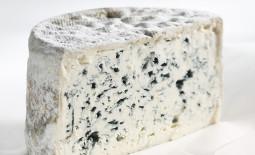 拉克耶蓝纹奶酪(Bleu de Laqueuille)
